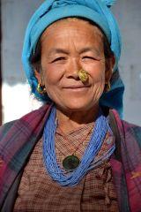 Basa Woman2